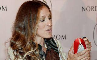 Sarah Jessica Parker își lansează a doua colecție de pantofi și genți