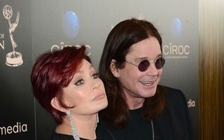 Sharon Osbourne şi-a tăiat venele în tinereţe, de dragul lui Ozzy