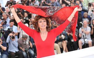 Eterna divă: Sophia Loren aniversează 80 de ani cu o lansare de carte şi o expoziţie personală