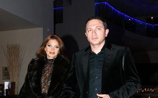 Cristina Spătar se roagă la mănăstire pentru soțul ei
