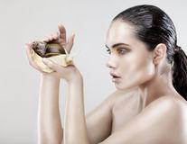 Frumuseţe. 6 ingrediente bizare din produsele cosmetice