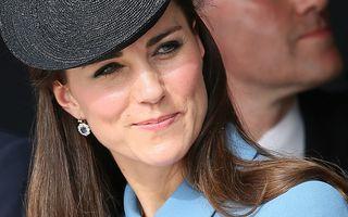 Surpriză la ecograf: Kate Middleton, însărcinată cu gemene!
