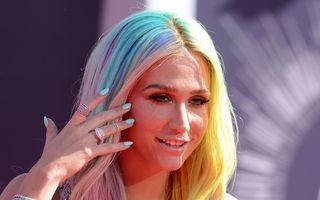 Kesha își acuză producătorul de agresiune sexuală
