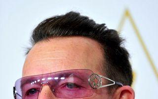 Bono nu renunță la ochelarii de soare din cauza glaucomului