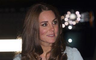 FOTO: Kate Middleton, prima apariţie după anunţul unei noi sarcini