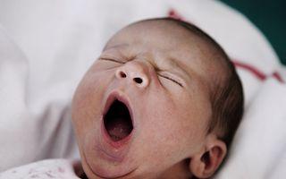 Bebeluşii născuţi prin cezariană au un risc mai mare de a suferi de autism