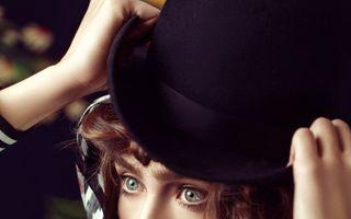 """""""Nebuna de Iulia Albu"""" anunță cum se îmbracă de Halloween"""
