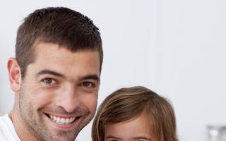 5 lucruri pe care taţii de fete trebuie să le ştie