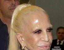 Schimbare extremă: Cum a ajuns Donatella Versace o păpușă de plastic, urâțită de Botox