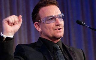 Avionul lui Bono a pierdut o uşă în timpul zborului