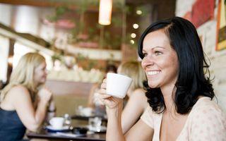 Ce alegi: ceai sau cafea? Beneficiile și dezavantajele acestor băuturi