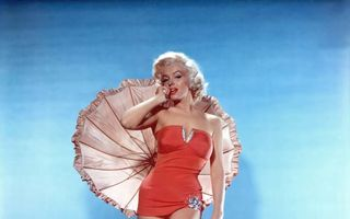 Fotografii rare cu Marilyn Monroe, vândute la licitaţie
