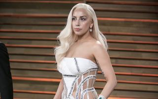 Lady Gaga susține că a fost violată la vârsta de 19 ani
