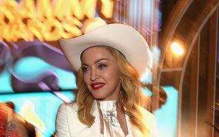 Madonna a devenit imaginea casei Versace, pentru a patra oară