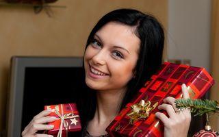 Cadouri de Crăciun: 7 sfaturi ca să faci economii când ai ditamai lista de cumpărături