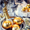 Revelion 2015: 5 trucuri ca să nu-ţi fie rău de la prea multă mâncare şi alcool