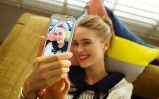 10 trucuri pentru selfie-uri de nota 10