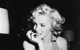 Un costum de cadână purtat de Marilyn Monroe, scos la licitaţie