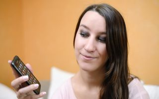 Studiu: Telefoanele inteligente modifică felul în care funcţionează creierul uman
