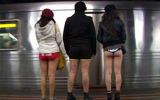 No Pants Subway Ride, pentru prima dată în Capitală: Călătorii, invitaţi să meargă fără pantaloni în metrou