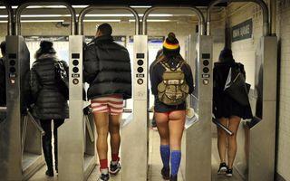 """Metrorex nu şi-a dat acordul pentru """"No Pants Subway Ride"""": călătorii indecenţi vor fi amendaţi"""