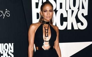 Modă. Stilul lui Jennifer Lopez. 40 de ţinute emblematice ale divei latino