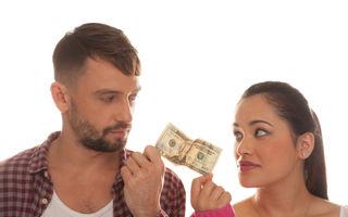 """Poveste adevărată: """"Nu mă înțeleg cu soția în privința banilor familiei"""""""