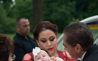 Oana Roman, cu fetița la Urgențe: Vedeta s-a supărat că n-a venit Salvarea