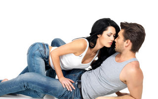 Sex. 5 metode incitante de a iniţia partidele de amor