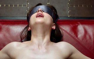 Fifty Shades of Grey. 7 trucuri care îţi vor condimenta viaţa sexuală