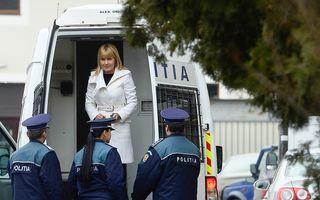Elena Udrea a scăpat de cătușe: Ea a fost plasată în arest la domiciliu