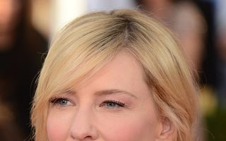 Cate Blanchett a adoptat o fetiță