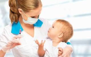"""Poveste adevărată: """"Nora mea refuză să-mi vaccineze nepotul, cum o conving?"""""""