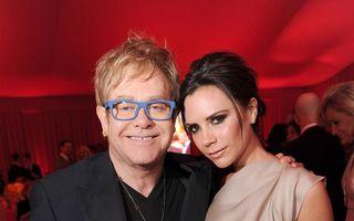 Victoria Beckham îi ia partea lui Elton John în scandalul cu Dolce & Gabbana