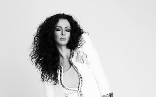 """Mihaela Rădulescu, """"desfiinţată"""" de Mircea N. Stoian: """"Îşi foloseşte sexualitatea latentă pentru a atrage atenţia"""""""