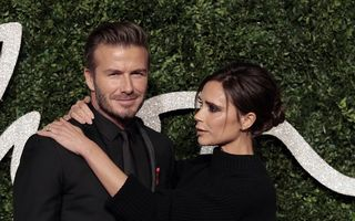 David Beckham, sub papucul soţiei: Posh Spice îi alege hainele pe care le poartă