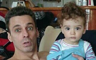România mondenă. 4 fotografii haioase cu vedete şi copiii lor! Cine e mai drăguţ?