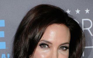 """Angelina Jolie, despre ameninţarea cancerului: """"Ce nu te omoară te întăreşte!"""""""