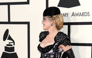 Madonna vrea să-şi scrie memoriile