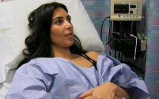 Kim Kardashian are probleme: Doctorii i-au spus că nu poate rămâne gravidă