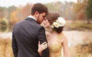 Frumuseţe. 50 de coafuri romantice pentru mirese, la modă în acest an