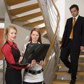 Hainele elegante purtate la serviciu modifică funcţionarea creierului