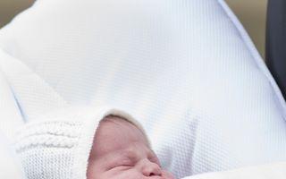 Bebeluşul regal creşte vânzările: Avalanșă de suveniruri dedicate prințesei Charlotte