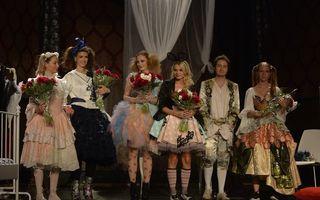 """FOTO Piesa de teatru """"Nunta perfecta"""" a avut o repetiţie cu public pe 7 mai"""