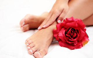Frumuseţe. Pregăteşte-ţi picioarele pentru sandale. 7 trucuri de îngrijire