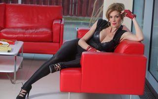 """Roxana Ciuhulescu o """"jumuleşte"""" pe Iulia Albu: """"Este o coţohârlă de care râde toată lumea"""""""
