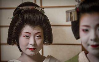 Lumea secretă a gheişelor: Cum păstrează femeile japoneze o tradiţie de 400 de ani