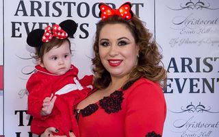 Oana Roman, cu fetița la spital: Vedeta e din nou revoltată