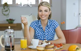 Alimentația sănătoasă începe de dimineaţă: Micul dejun te apără de diabet
