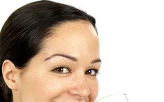 Sănătate: Top 6 alimente şi plante care detoxifiază rinichii